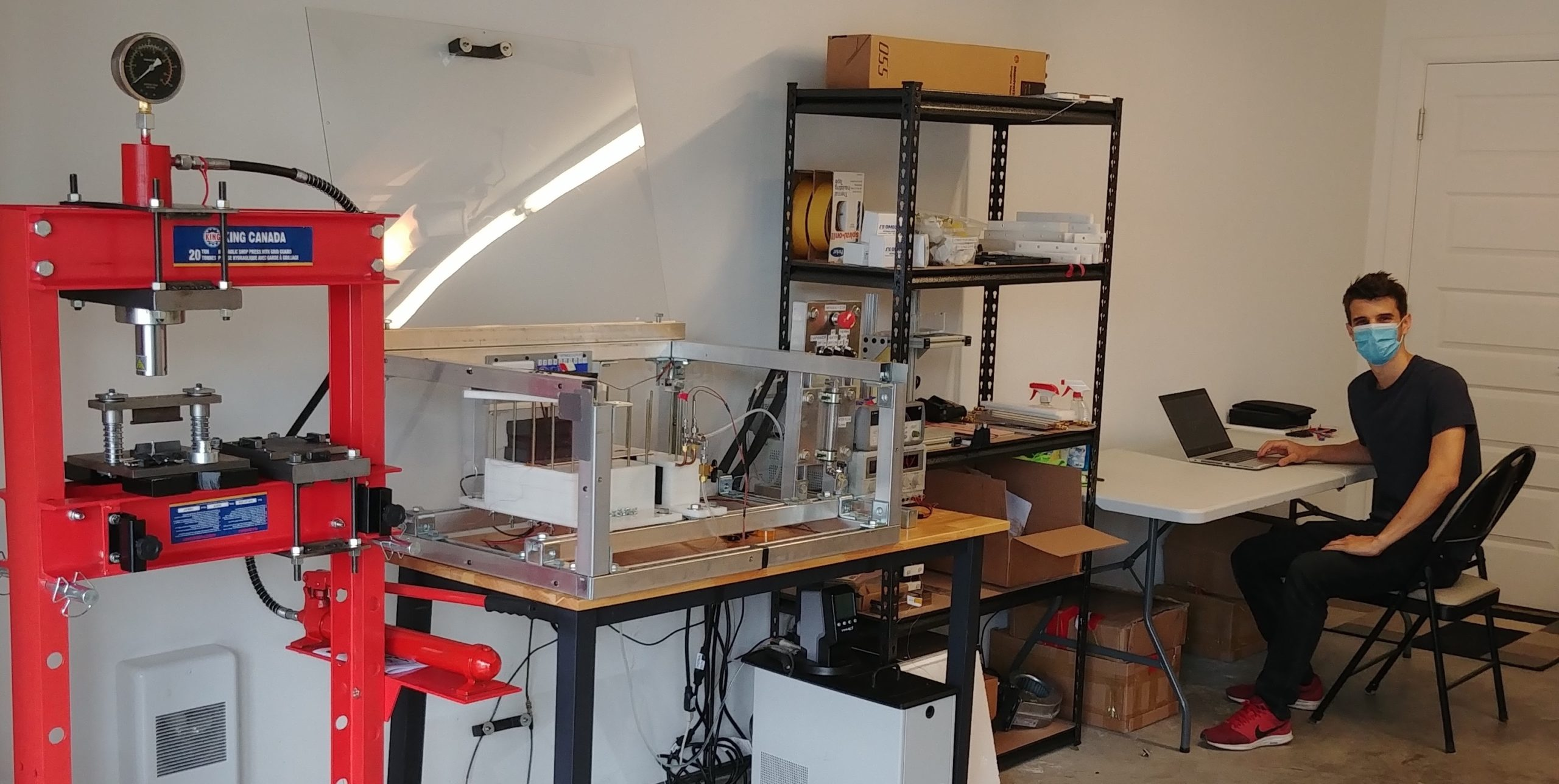 Réinventer le télétravail : Comment une startup de Sherbrooke est parvenue à continuer ses activités malgré la pandémie… dans le garage